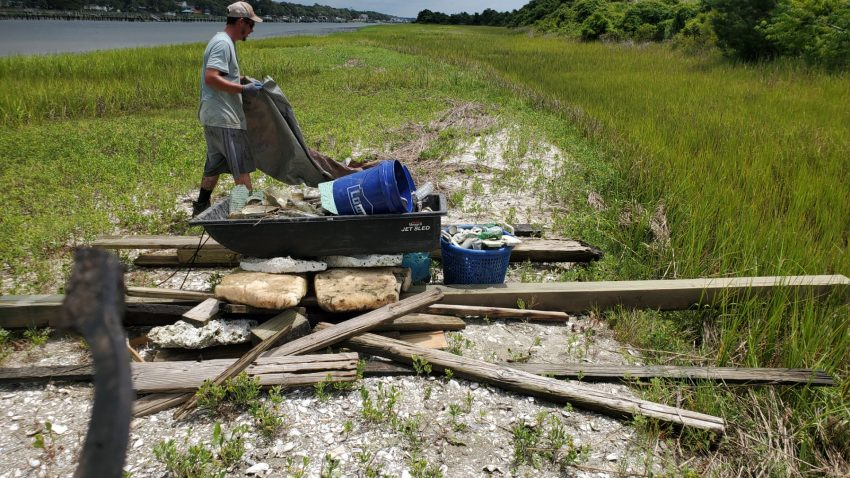 The federation collects marine debris in Brunswick County